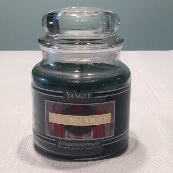 Yankee Candle Christmas Wreath Jar Candle
